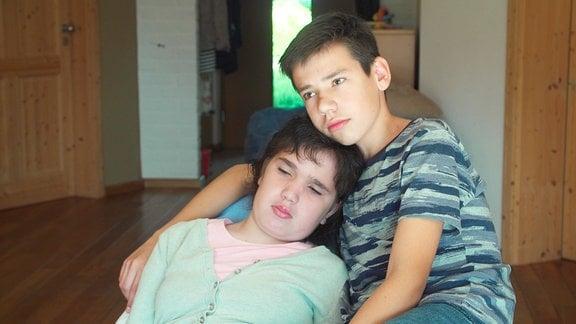 Die Geschwister Alina und Alexander Höckendorf.