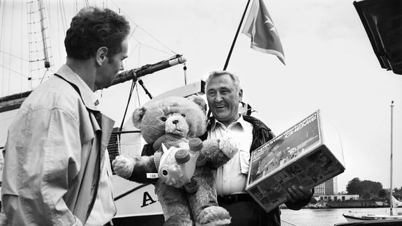 Gottfried Richter als Kapitän Werner Arends (links) und Günter Naumann als Hinrichs