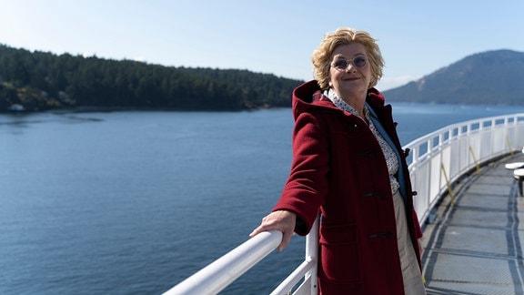 Henni (Saskia Vester) auf dem Weg nach Vancouver Island.