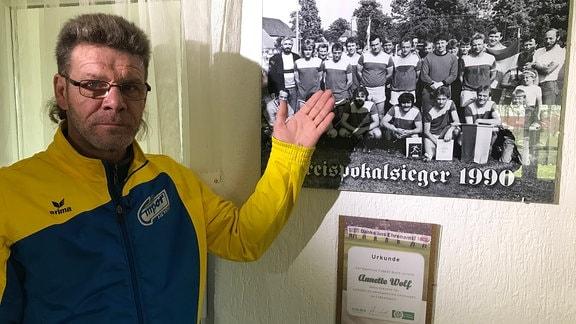 """Der """"Knipser"""" von Heyda. Ronny Thieme hat 35 Jahre lang für den SV Empor gespielt. Seine Bilanz: 300 Tore in fast 1000 Einsätzen."""