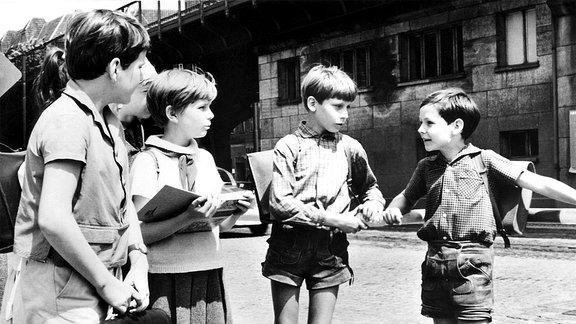 Schulschwänzer oder Held? Ein DEFA-FILM für Kinder.