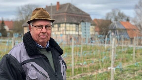 30 Jahre lang war Claus Werner der Gutsverwalter vom Gut Bendeleben – nun ist er im Ruhestand.