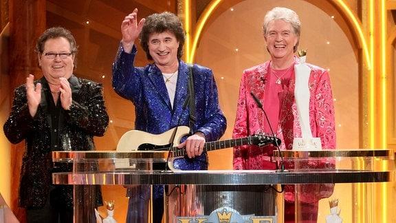 """Die Volksmusikgruppe """"Die Flippers"""" erhält die Krone der Volksmusik am 08.01.2010 in der Stadthalle in Chemnitz."""