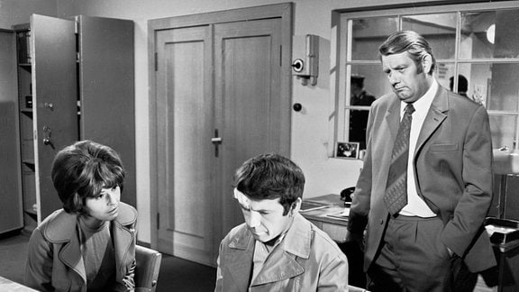 V.l.: Leutnant Vera Arndt (Sigrid Göhler), Harry Wolter (Ingolf Gorges), Oberleutnant Peter Fuchs (Peter Borgelt)