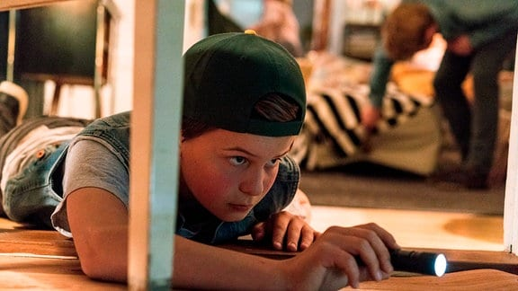 """Eddie (Fillin Mayer) auf der Suche nach """"Messie""""."""