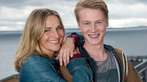 Nora Kaminski (Tanja Wedhorn) Sohn Kai (Lukas Zumbrock).