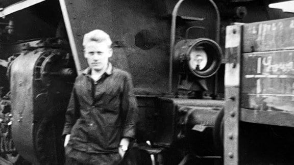Siegfried Schenkel als Lokführer im Jahr 1962. Er durfte hin und wieder noch Materialtransporte auf den streng abgeschirmten Brocken fahren.