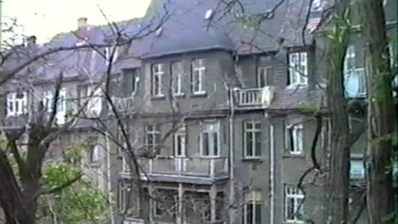 Grauzone: Die Villa im Jahr 1 nach der Einheit.