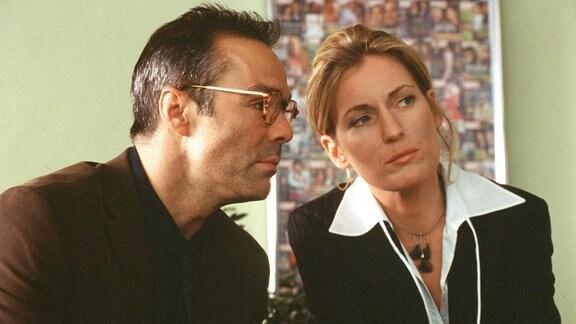 Konrad (Hannes Jaenicke) und Hanna (Maria Furtwängler)