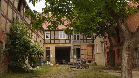 Vom Bauern- zum Kulturhof werden in Kalbe leerstehende Gebäude