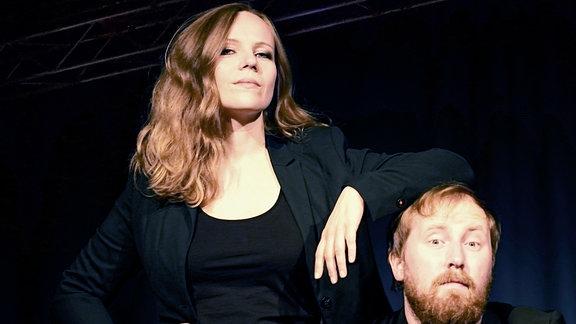 Sarah Bosetti und Julius Fischer