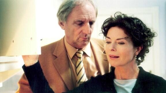 Mit dem sensiblen Claudio (Günther Maria Halmer) verlebt Katarina (Gudrun Landgrebe) unbeschwerte Tage.