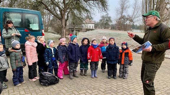Kinder bei Rangern