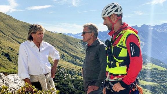 Hansi Hinterseer, Peter Habeler und Stefan Pichlsberger von der Bergrettung Hintertux