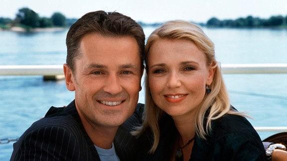 Ein glückliches Paar: Paula (Tina Ruland) und ihr Mann Thomas (Timothy Peach).