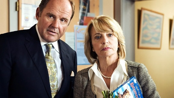 Anwalt August Schmölzer (Herbert Eichner), Gisela Schneeberger (Helene)