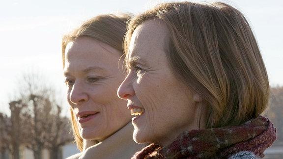 Christine (li.) und Josephine Hoppe (Töchter von Rolf Hoppe)