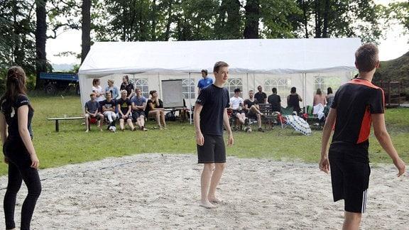 Třeća stacija beachoweje tury Radija Satkule w Jaseńcy.