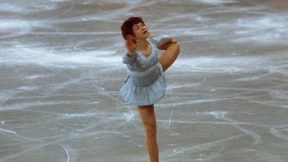 Anett Pötzsch auf dem Eis, 1976