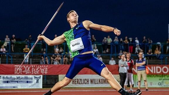 Thomas Röhler (LC Jena) beim Speerwurf während des 21. Internationales Leichtathletik Meeting im Paul-Greifzu-Stadion Dessau.