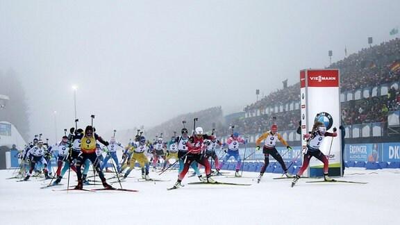 IBU Weltcup, Biathlon, Oberhof, 12.01.2020, Start der Damen
