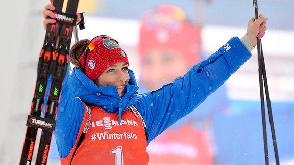 Lisa Vittozzi jubelt über ihrem zweiten Sieg.