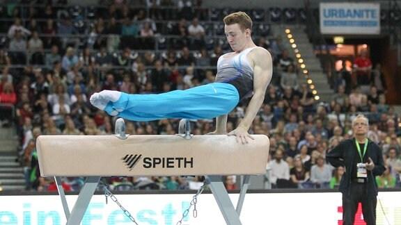 Deutsche Meisterschaften 2018 im Turnen. Mehrkampf am 29.09.2018 in der Arena Leipzig. Im Bild: Nils Dunkel