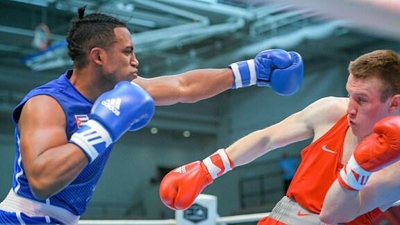 Artysh Soian (RUS, rot) vs. Damian Arce Duarte (CUB, blau)