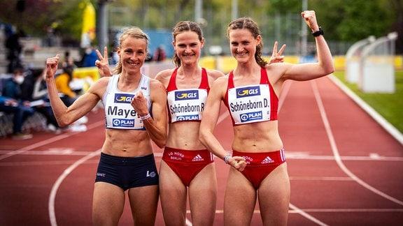 Domenika Mayer, Rabea und Deborah Schöneborn