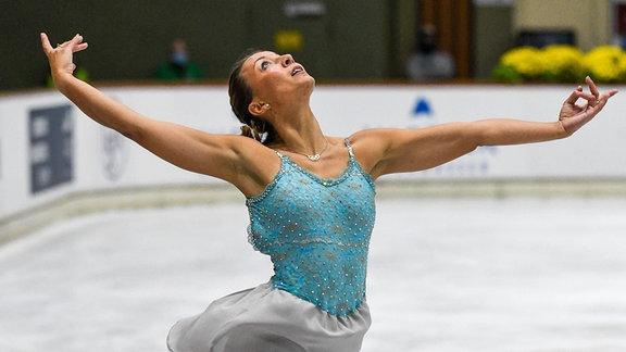 Nicole Schott (Eiskunsläuferin vom Essener JEV)