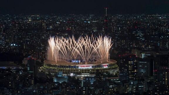 Feuerwerk bei der Olympia Eröffnungsfeier in Tokio