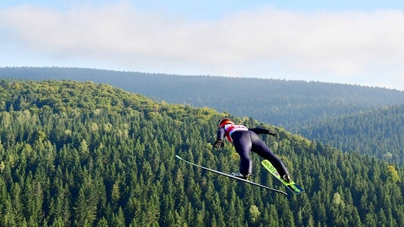 Skispringen Klingenthal - Katharina Althaus