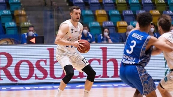 Johannes Richter Hamburg Towers, 12. Basketball-Spiel der easyCredit BBL zwischen den Fraport Skyliners und den Hamburg Towers am 9. Mai 2021 in der Fraport-Arena in Frankfurt am Main