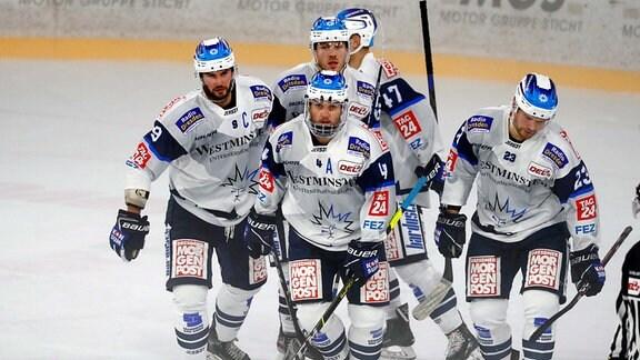 Eishockey DEL2 Testspiel für die Saison 2020-2021 Bayreuth Tigers gegen Dresdner Eislöwen