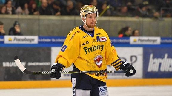 Anders Eriksson (Weiߟwasser), Dresdner Eislöwen gegen Lausitzer Füchse Weiߟwasser, (Weisswasser)