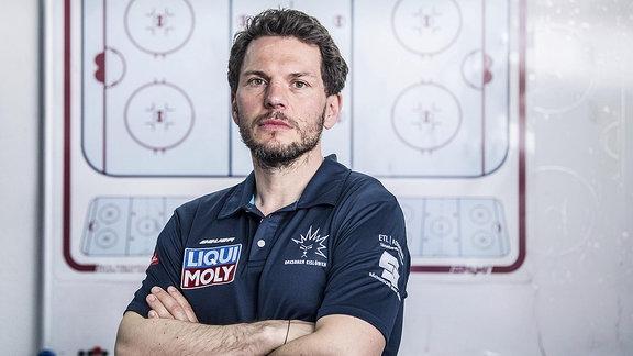 Eislöwen Trainer Jochen Molling.