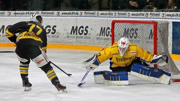 Tyler Gron gegen Niklas Zoschke