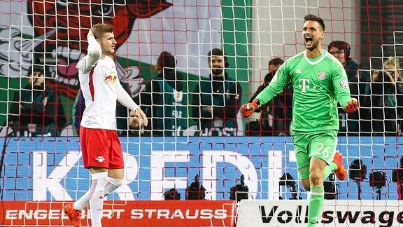 Timo Werner (RB Leipzig) verschiesst den Elfmeter gegen Torwart Sven Ulreich