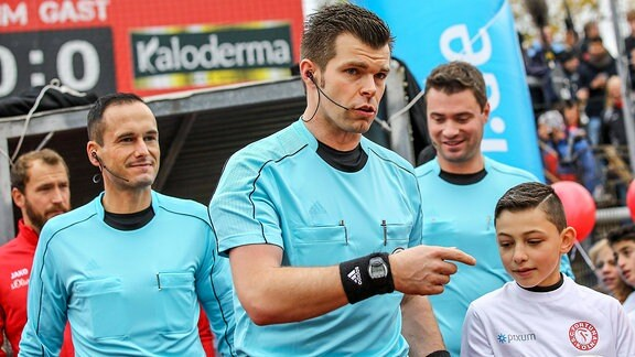 Alexander Sather (Schiedsrichter)