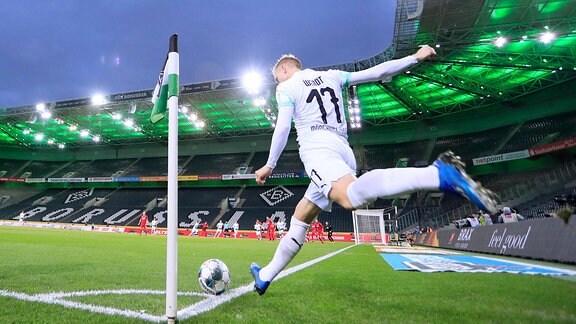 GEISTERSPIEL ohne Zuschauer DFL Fussball Bundesliga Saison 2019 - 2020 Spiel Borussia Moenchengladbach