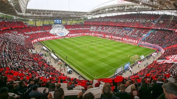 Fans von RB Leipzig zeigen Choreo