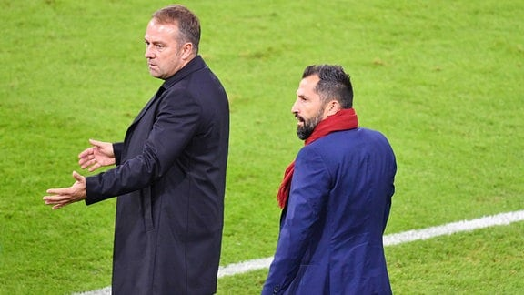 Zwist zwischen Hans Dieter Flick Hansi ,Trainer Bayern Muenchen und Hasan SALIHAMIDZIC Sportvorstand Bayern Muenchen.