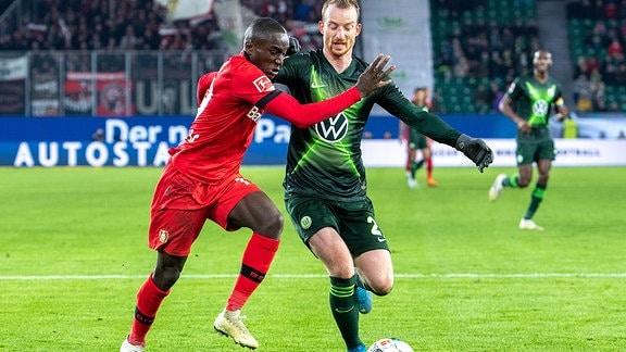 Moussa Diaby gegen Maximilian Arnold