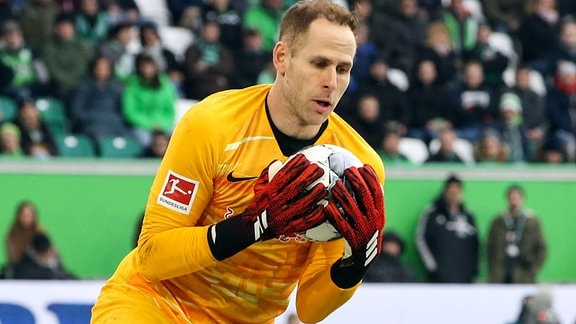 Torwart Peter Gulacsi in Aktion