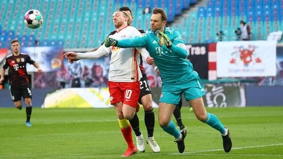 RB Leipzig - Bayern München - Emil Forsberg (10, RB Leipzig), Torwart Manuel Neuer (1, Bayern)