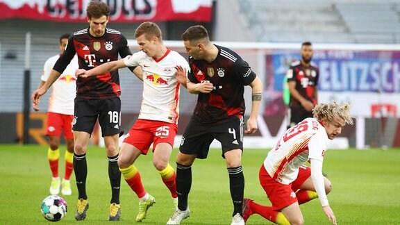 RB Leipzig - Bayern München - Leon Goretzka (18, Bayern), Dani Olmo (25, RB Leipzig), Niklas Süle / Suele (4, Bayern), Emil Forsberg (10, RB Leipzig)