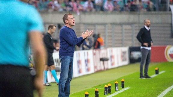 Trainer Ralf Rangnick (RB Leipzig), Trainer Marco Rose (FC Salzburg).