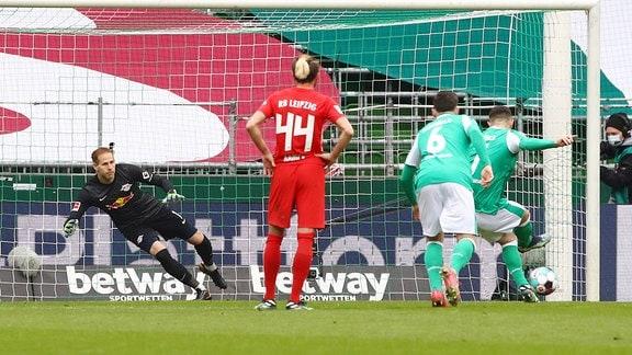 Tor für Werder zum zwischenzeitlichen 1:3