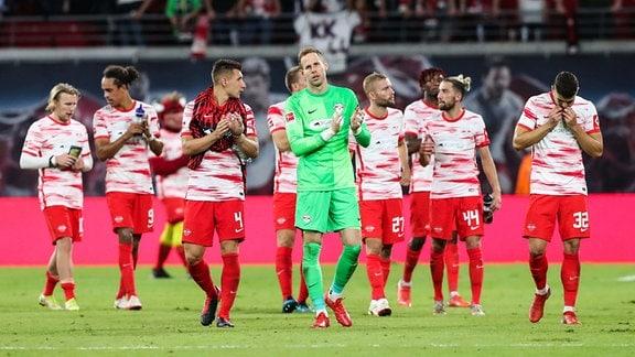 RB Leipzig enttäuscht nach dem Spiel beim FC Bayern München