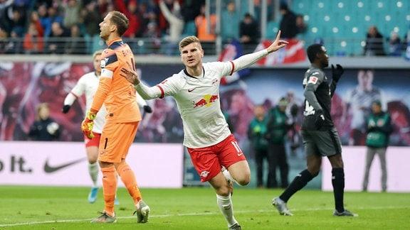 Tor für RB Leipzig. Im Bild - 1:0 Torschütze Timo Werner (11, RB Leipzig).